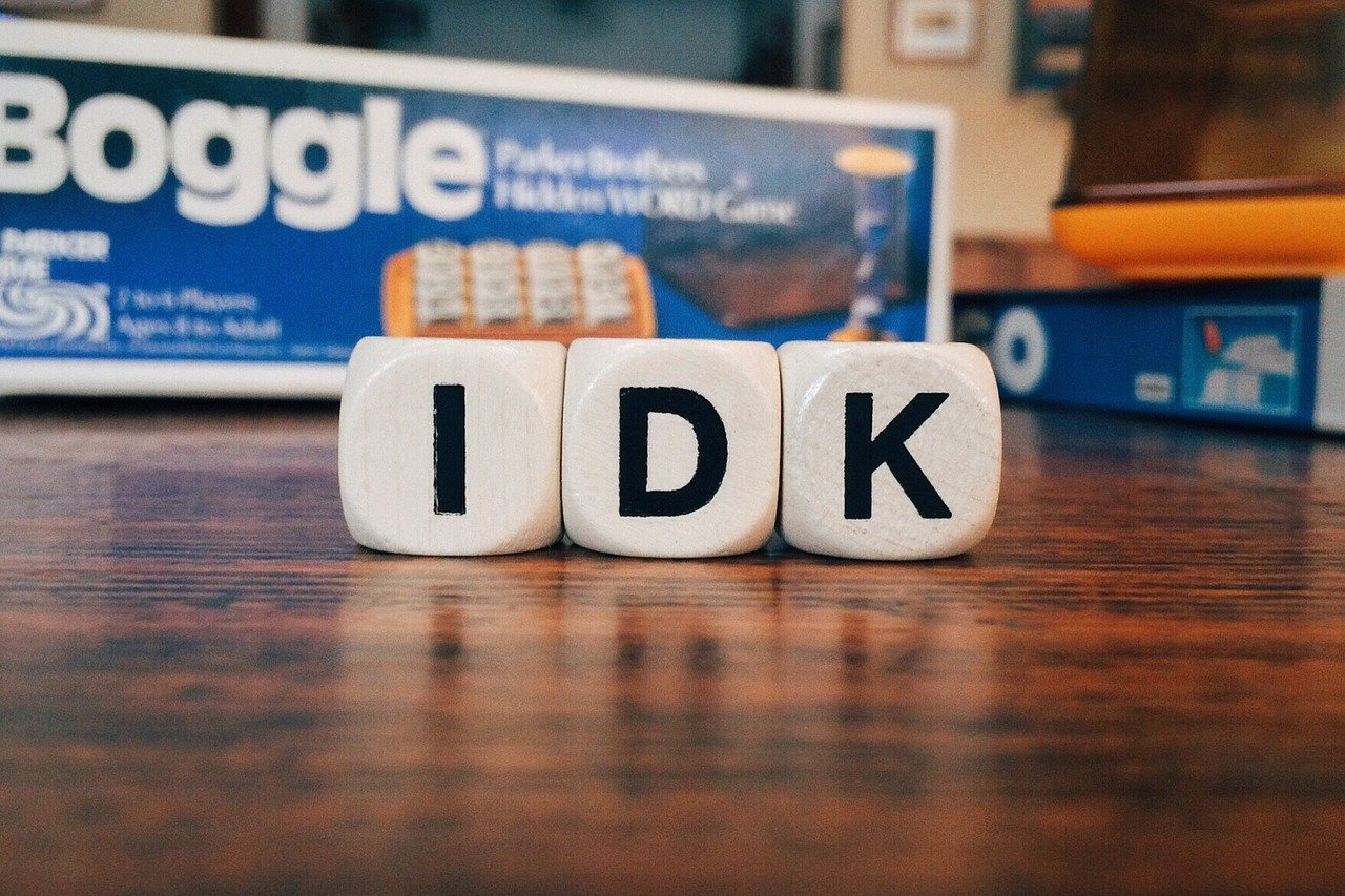 Boggle game letters spelling IDK I don't know